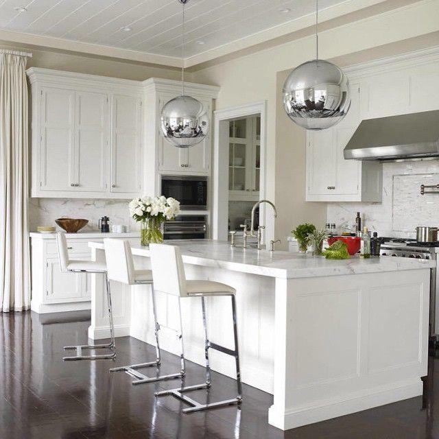 There's nothing better than a classic white kitchen. | Décoration de la maison