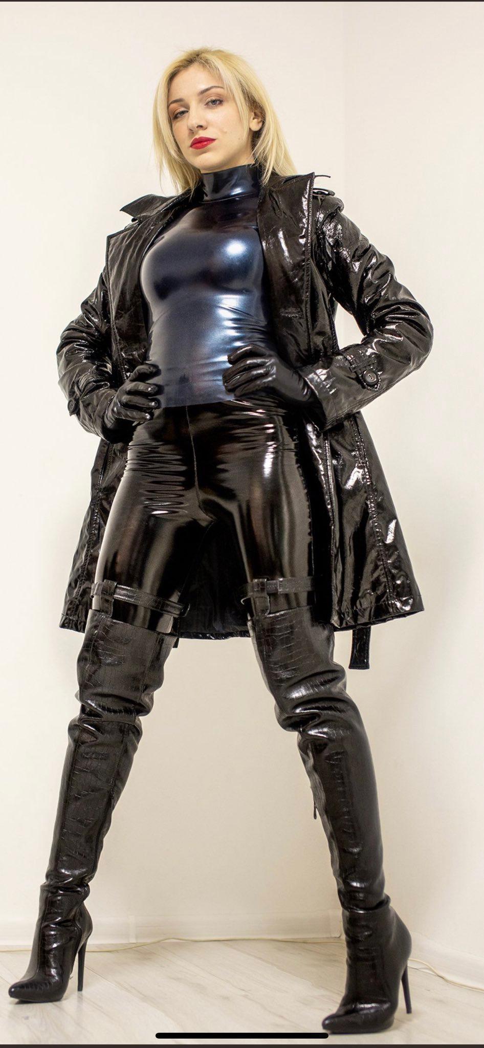 Pin auf Fetish,latex,bondage and rubber.