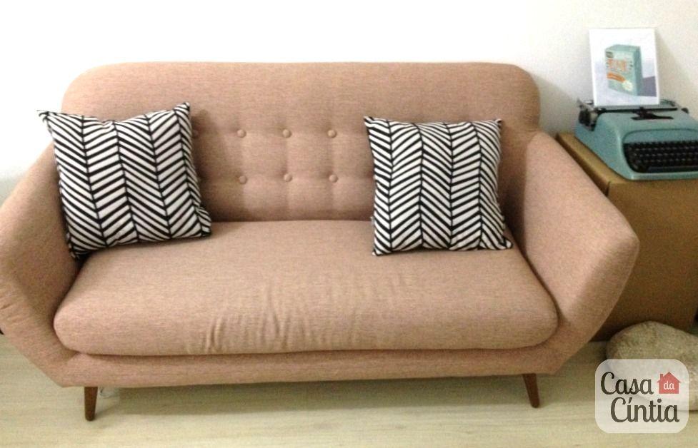 Sofá rosa claro de tecido e pés palito modelo Cabriolet da Tok&Stok ...