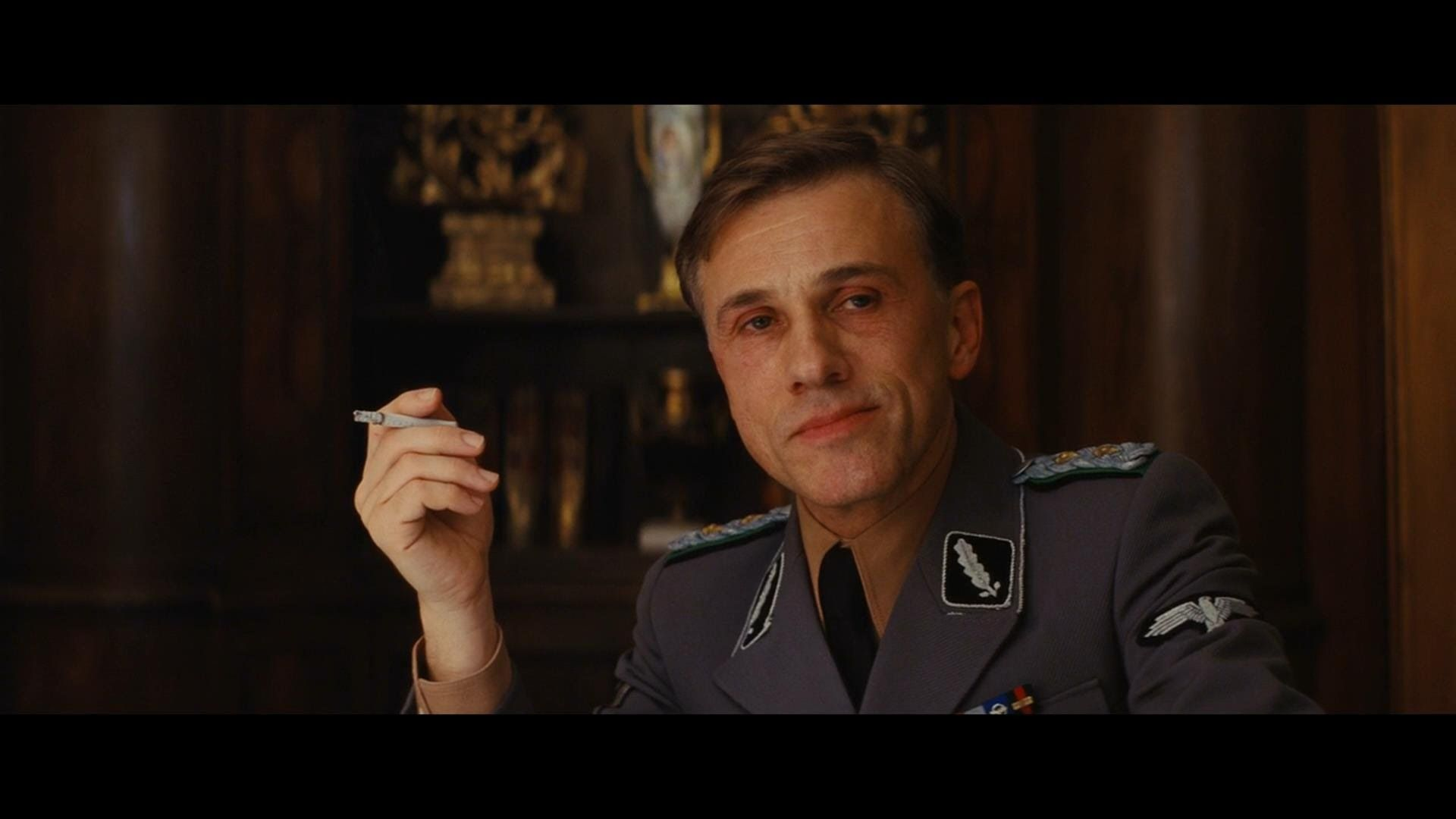 inglorious bastards Inglourious basterds is a film directed by quentin tarantino with brad pitt, christoph waltz, mélanie laurent, diane kruger,  year: 2009 original title.