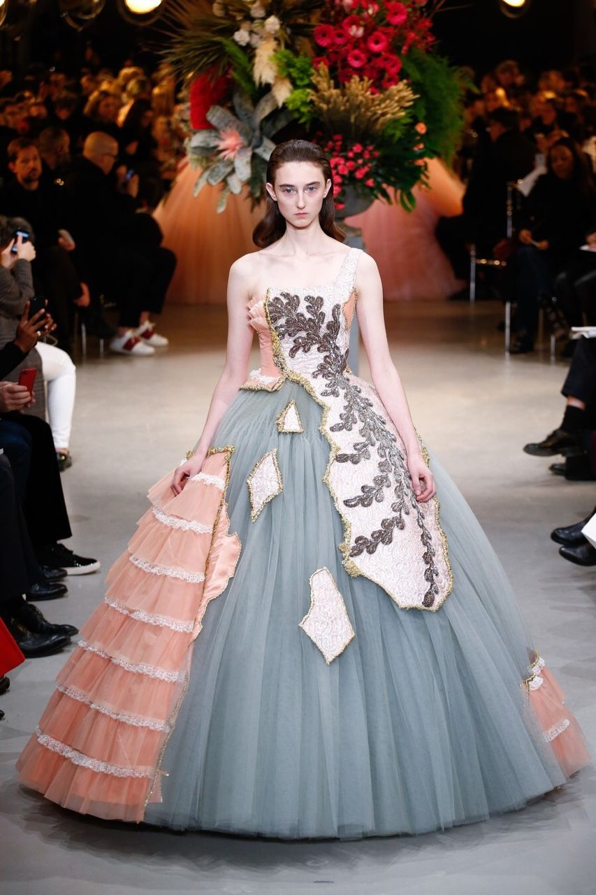 Klementyna Dmowska for Viktor & Rolf SS17 Haute Couture