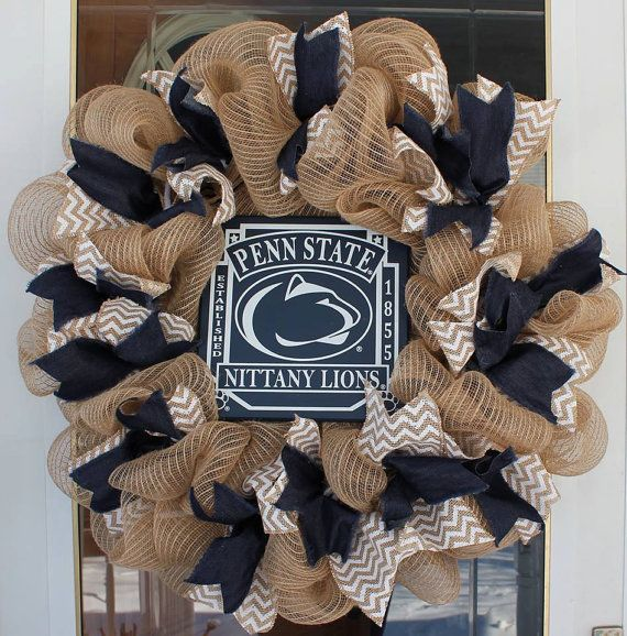 Penn State Wreath by CJCreationsandMore on Etsy -- Does ...