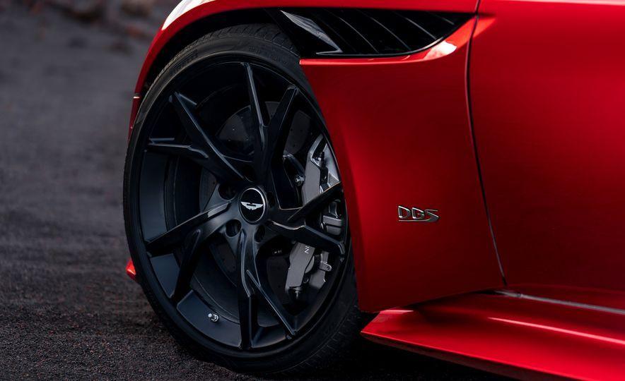 2019 Aston Martin Dbs Superleggera Slide 20 Araz S Board
