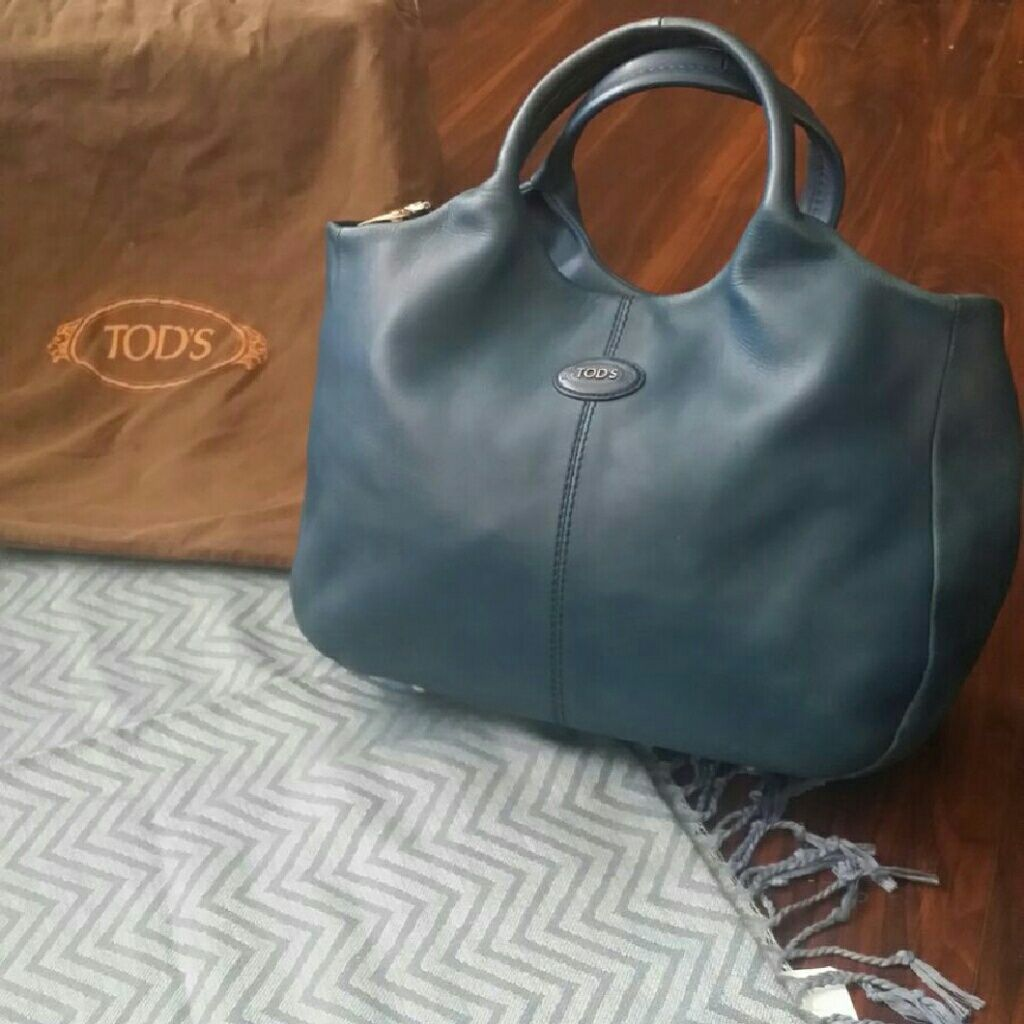 0cca57be92 💟Sale💟Tods tote in turquoise
