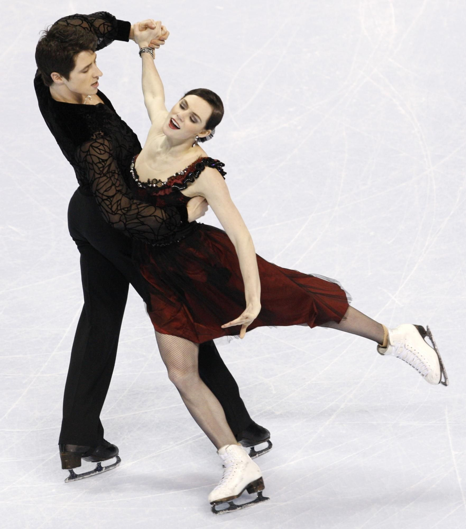 ...the Ice Dance Compulsory Dance at the 2010 BMO Canadian ...