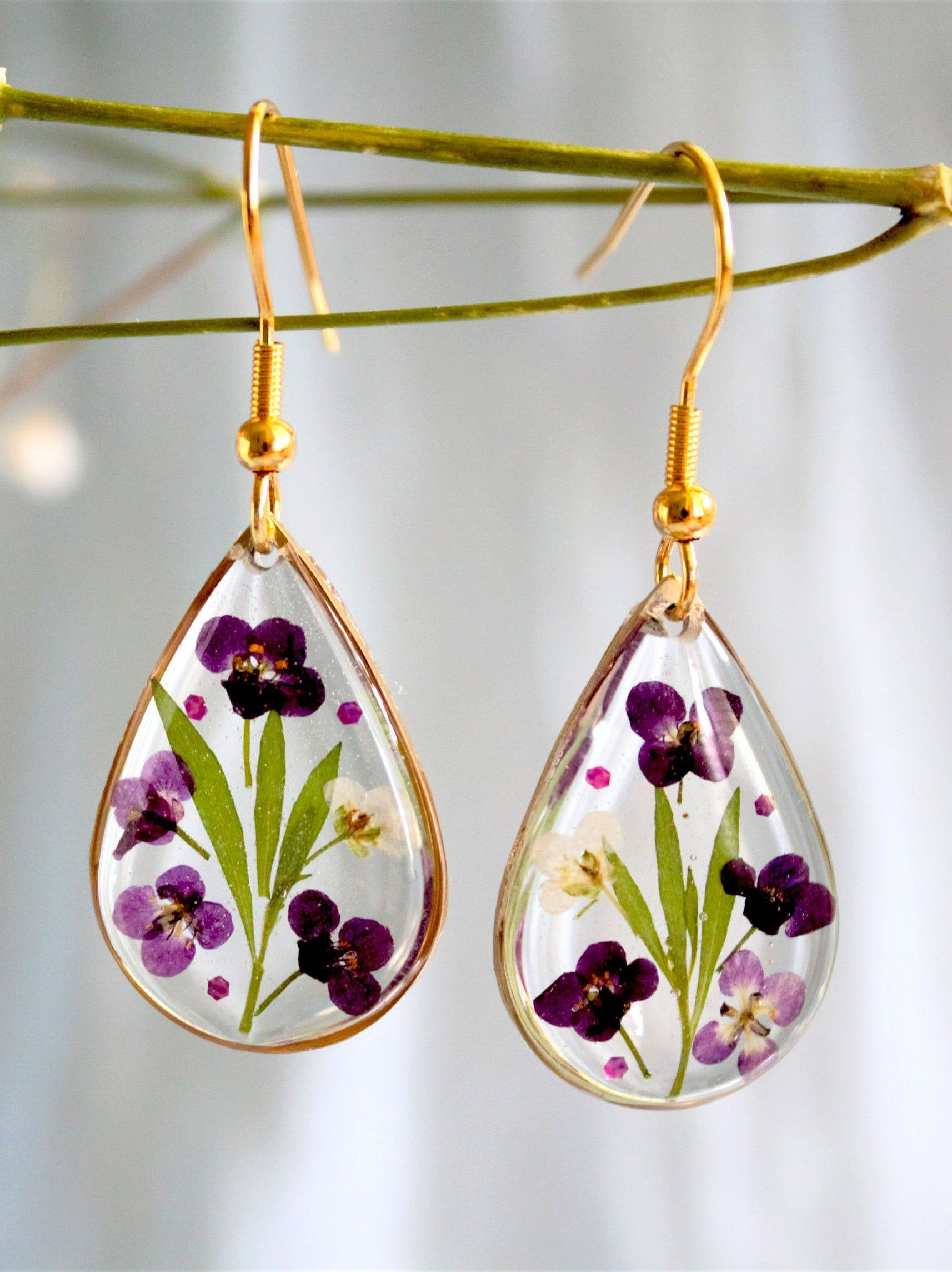Dry flower petals handmade resin earrings