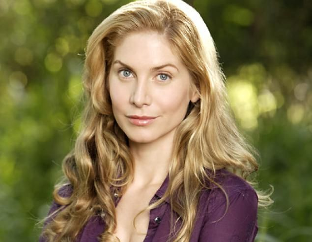 Former Lost Actress Elizabeth Mitchell Cried For A Couple Of Days After Being Written Off Show Elizabeth Mitchell Actresses Elizabeth
