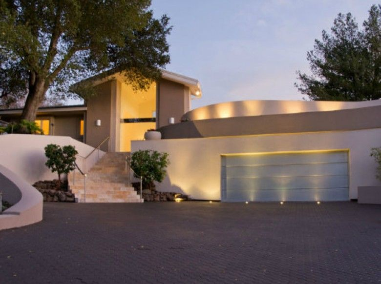 """Casa projetada por Steve Wozniak"""