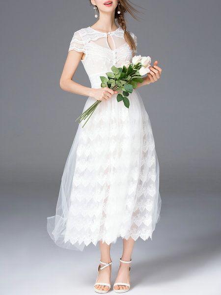 Shop Midi Dresses - White Plain Short Sleeve Midi Dress online. Discover unique designers fashion at StyleWe.com.