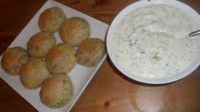 Bhibik ya NehNeh: Cucumber yogurt/Salatat Laban