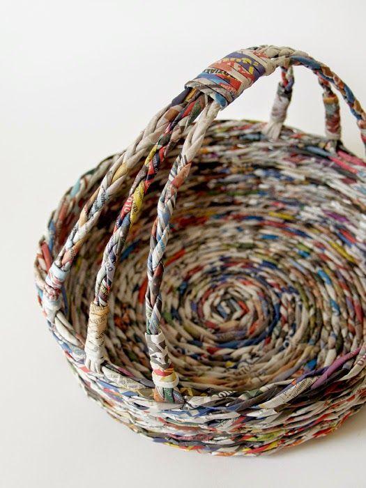 Blureco cestas de pascua contin a ideas canastas de - Cesta de papel de periodico ...