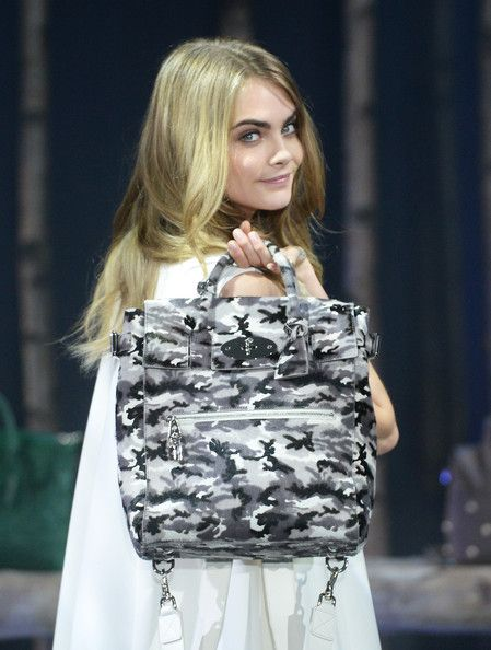 6f28af9033 Cara Delevingne Photos  The Mulberry Cara Delevingne Collection Launches At London  Fashion Week