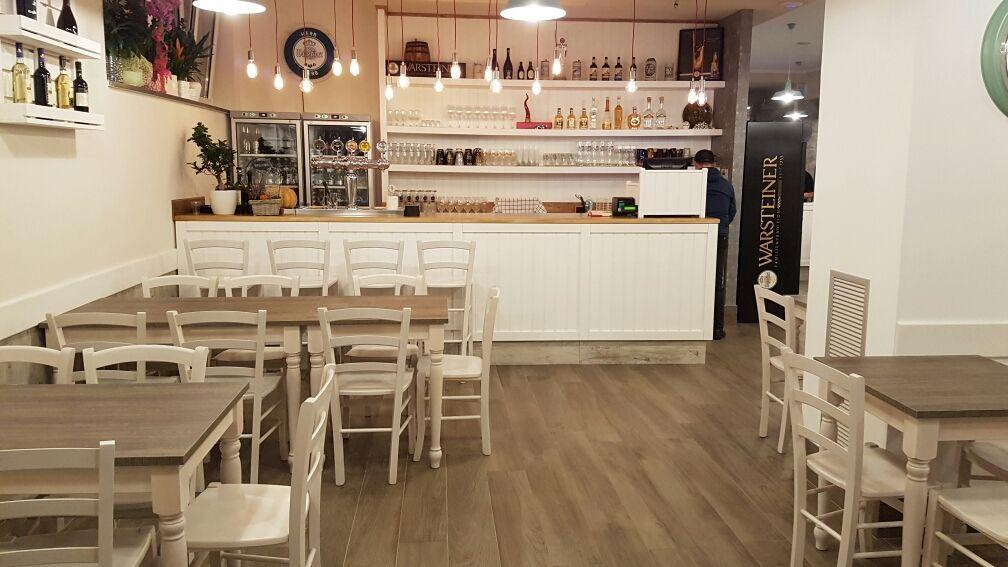 Arredo ristoranti pub pizzerie maieron snc www for Arredamenti stile liberty