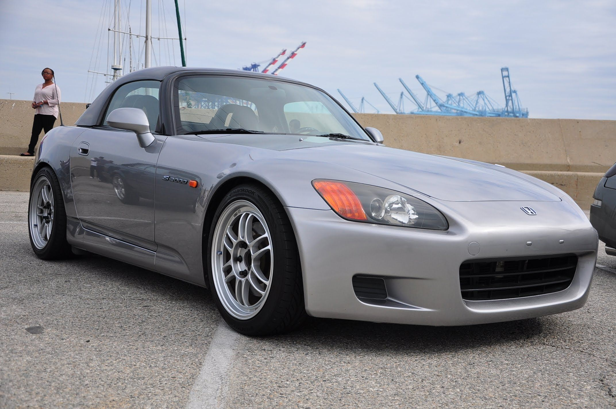 How To: Honda S2000 Hardtop Window Seal Installation