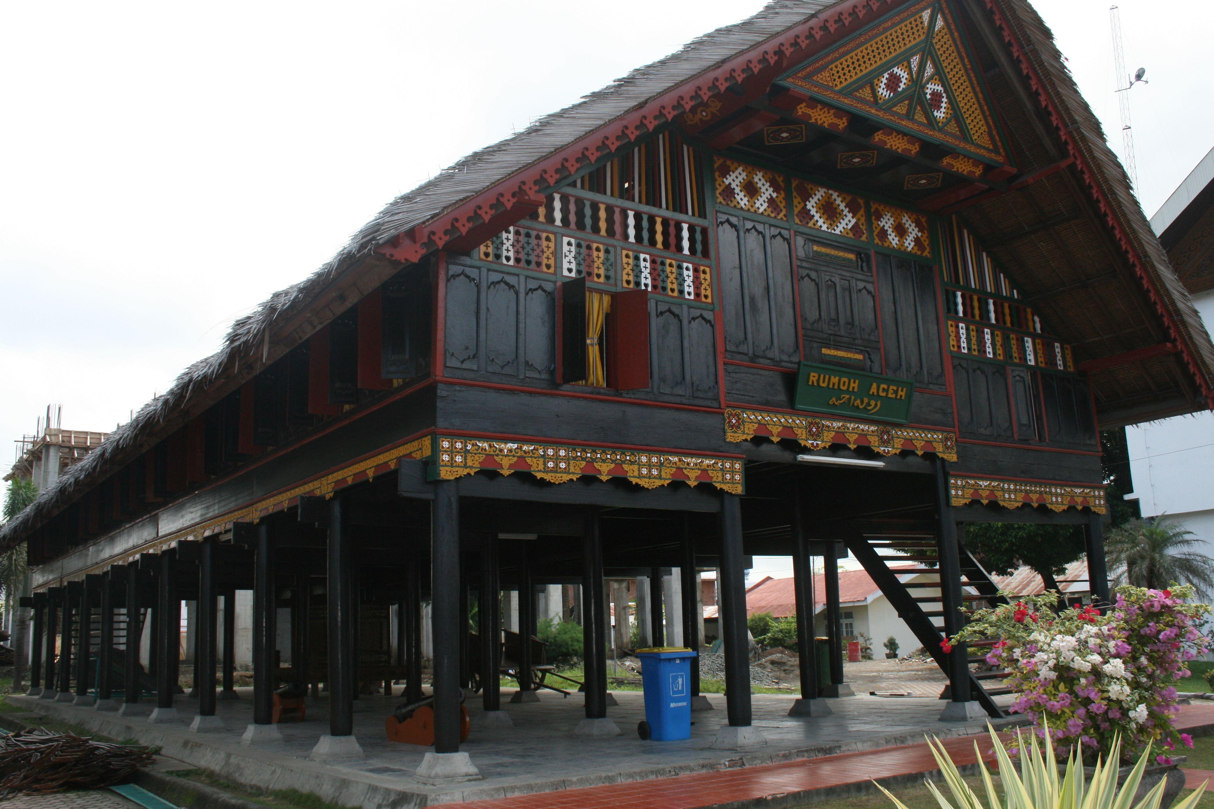 Rumah Adat Pulau Sulawesi