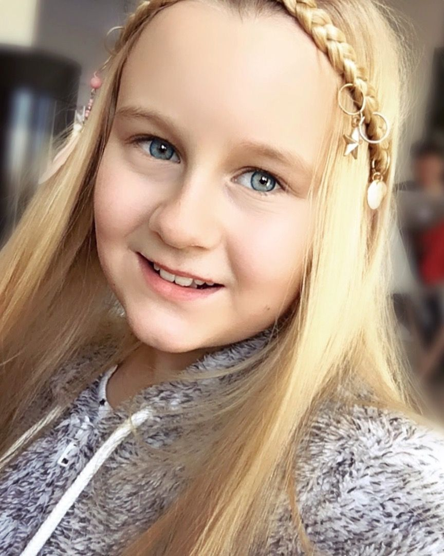 I Love Hairrings Go On My Youtube Channel To Learn Lots Of Cool Hairstyles Hair Styles Cool Hairstyles Kids Hairstyles