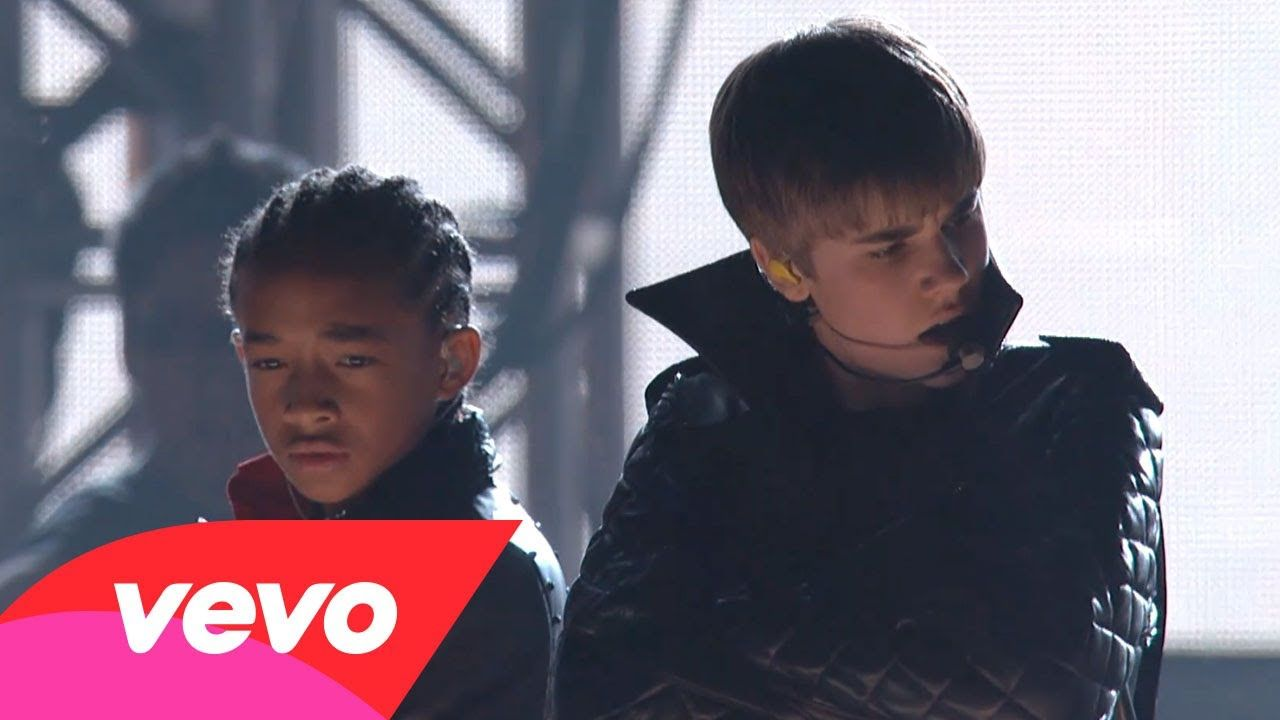Usher roller shoes video - Justin Bieber Usher And Jaden Smith Performing Baby Never Say Never Omg Live