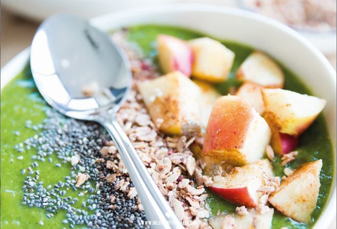 Warme appel smoothie bowl - In Love With Health
