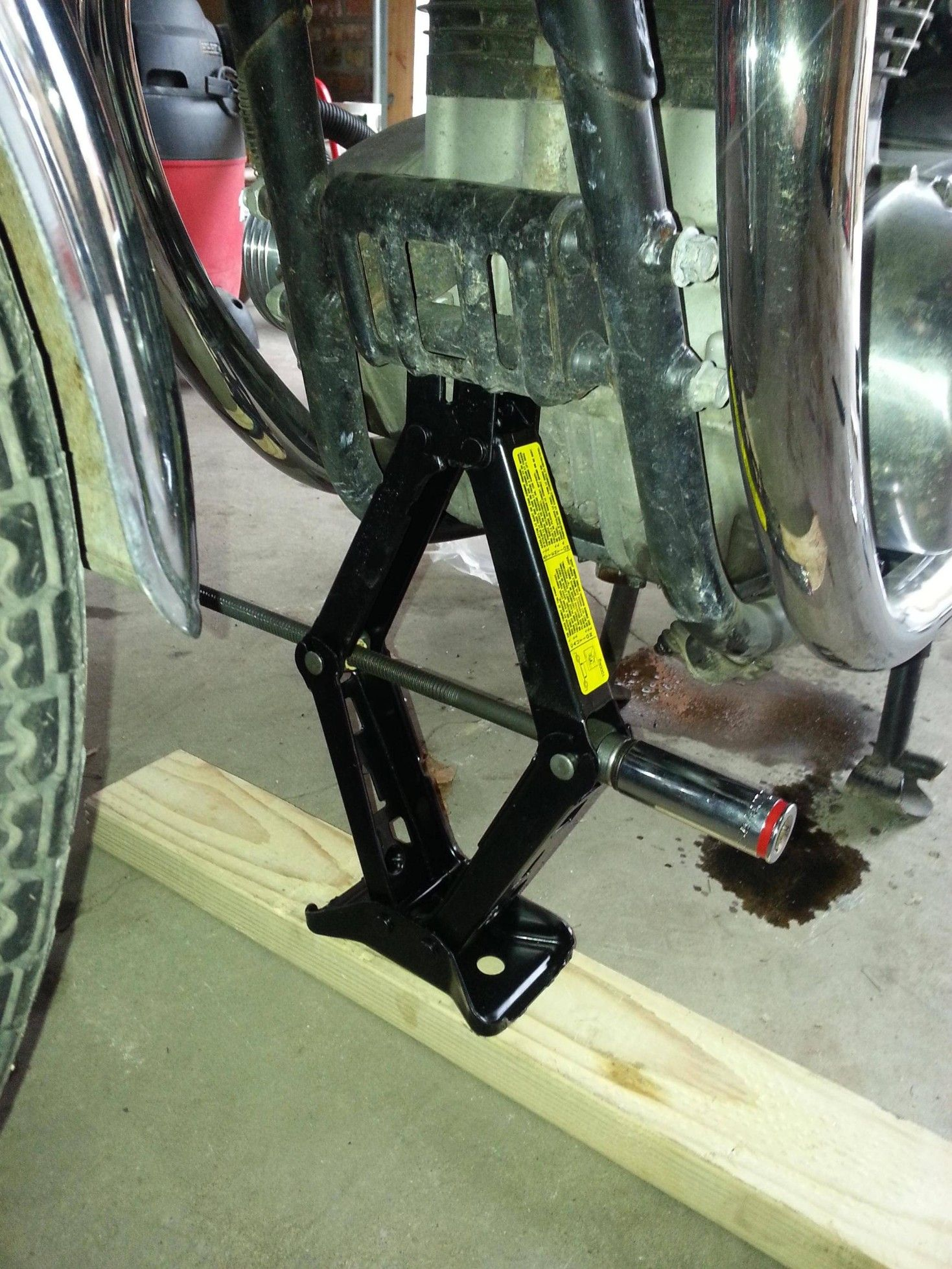Motorcycle Front Lift By Fyl1982 Homemade Setup Consisting Of A Scissors Jack Arranged To Bear Against The Bike S Engine