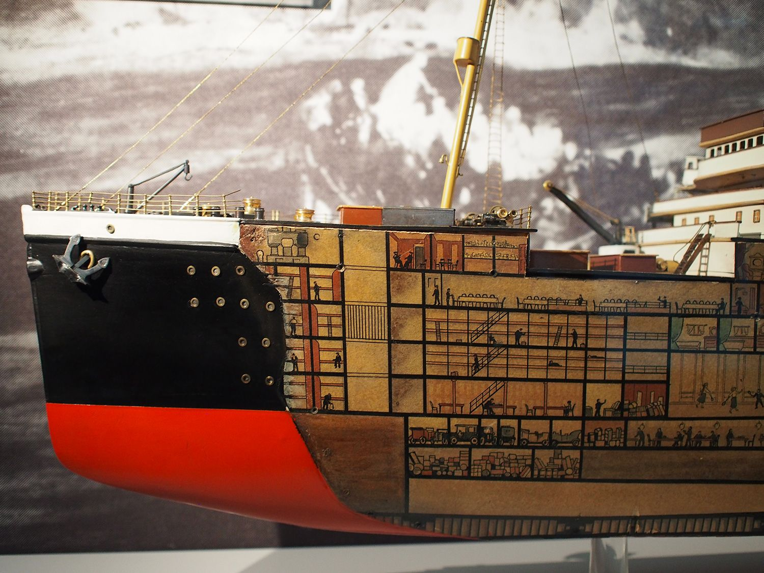 inside the titanic diagram coffee maker schematic cutaway model scale 1 144 of passenger liner ts