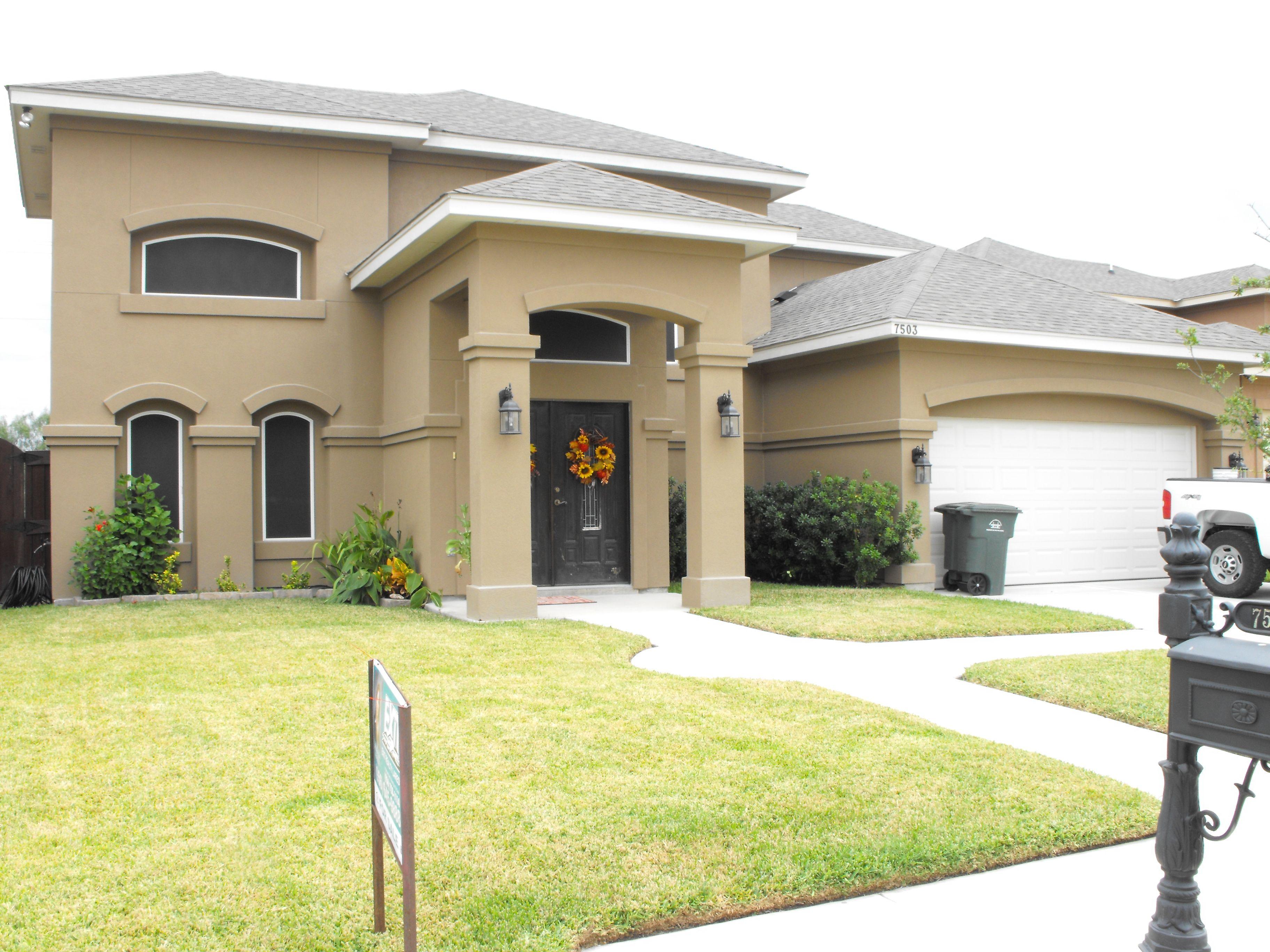 7305 Alejandra Ct. Laredo, TX Nu-Vision Subdivision 3 bedrooms 2.5 baths 2 car garage 20 ft entrance $229,900