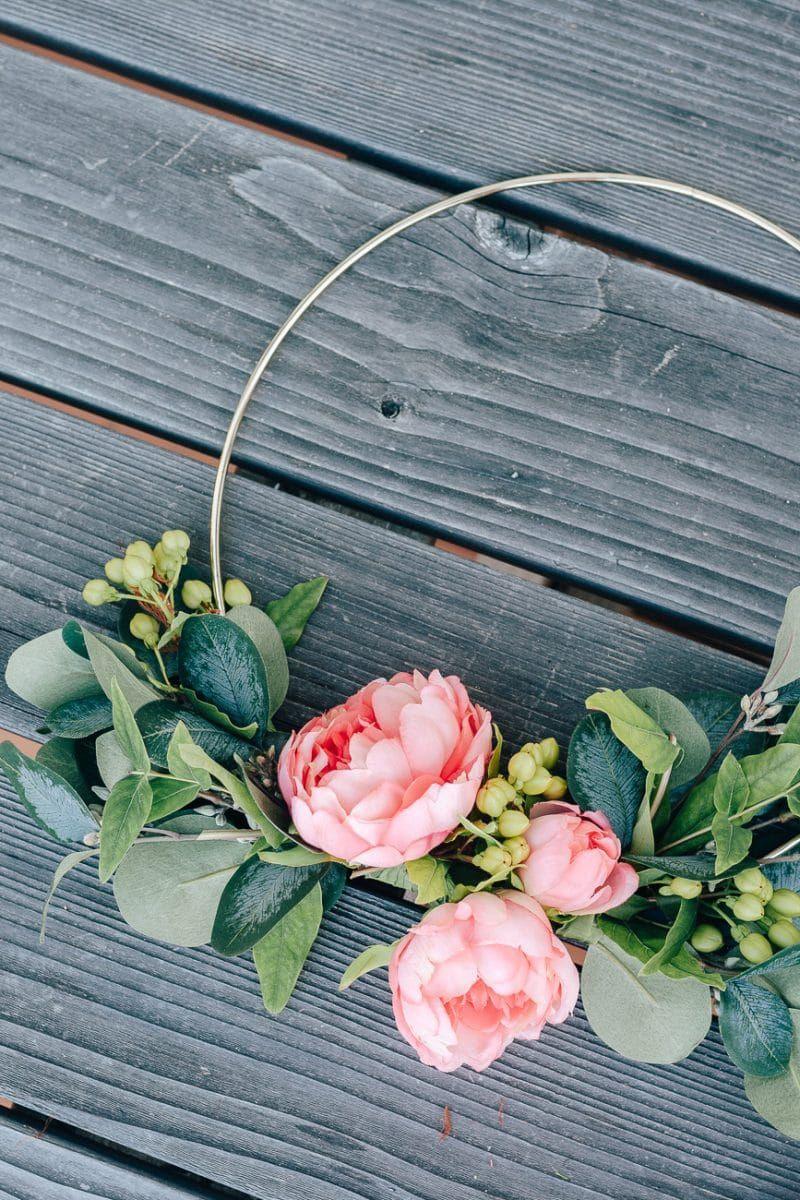 Photo of Beautiful DIY Hoop Wreath for Summer