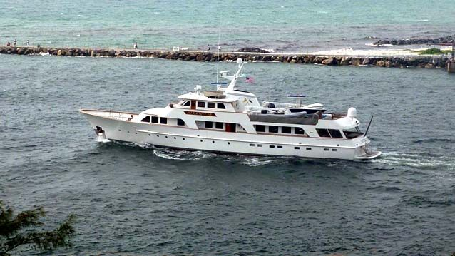 Sirenuse A 126 38 4m Feadship 1978 Expedition Yacht Powers Out Of