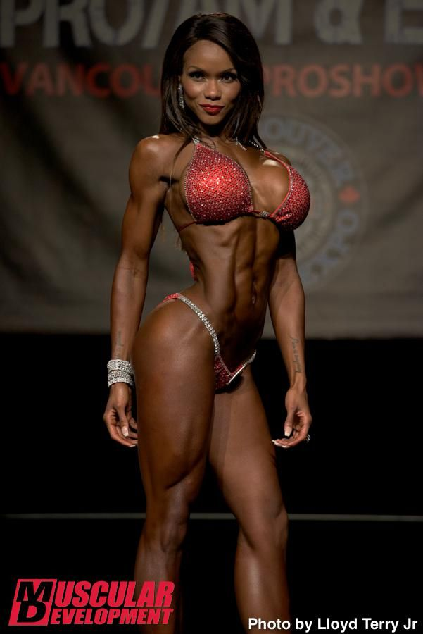 fitness model ebony women