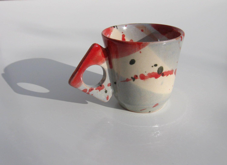 tasse caf expresso mouchette rouge avec anse originale. Black Bedroom Furniture Sets. Home Design Ideas