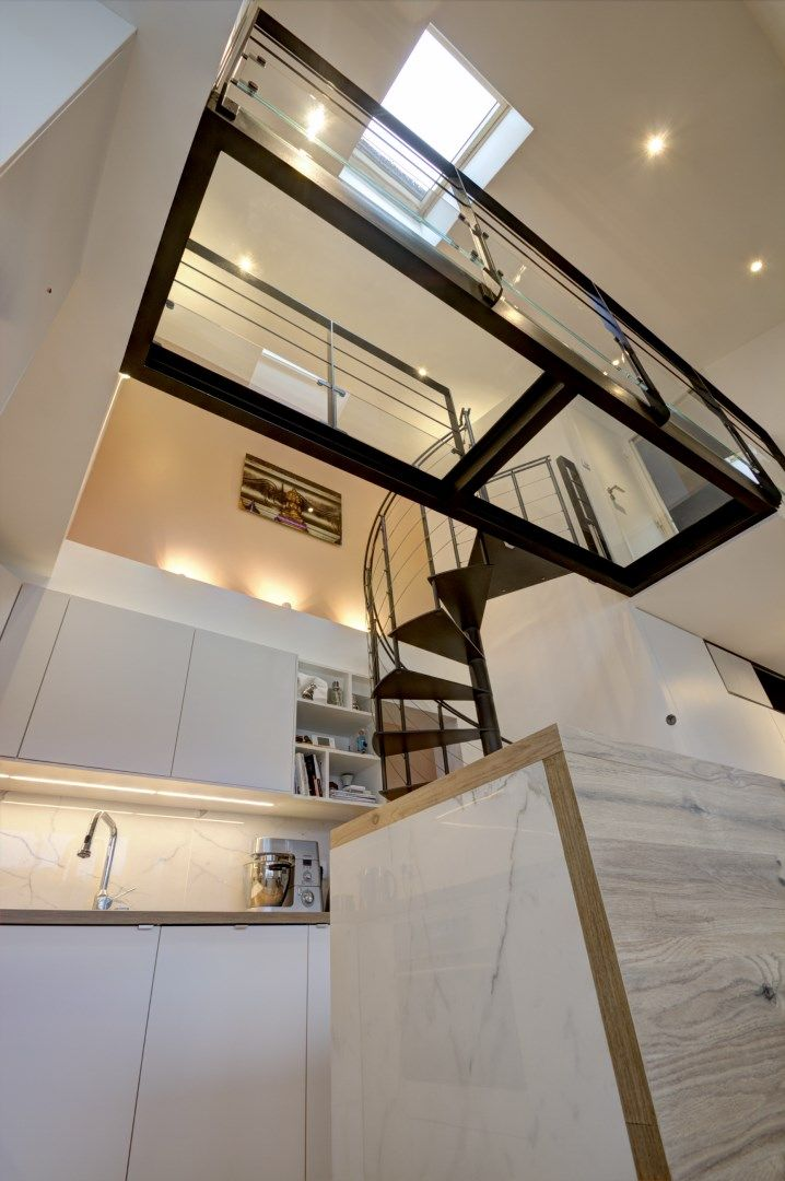 Am nagement appartement vefa passerelle escalier colima on agence avous escalier pinterest for Amenagement escalier interieur