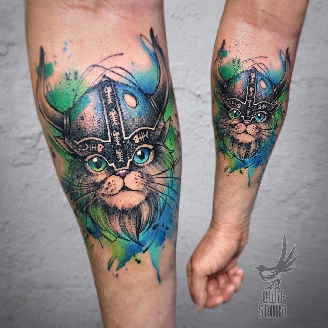 Watercolor Aquarell Tattoo Katze Helm Tattoospirit Tattoo