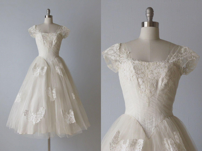 vintage 1950s Wedding Dress / 50s Lace Dress / Tea Length