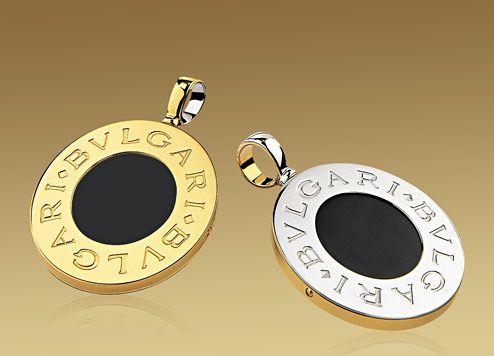 bvlgari bvlgari pendant in 18kt yellow gold and steel with black onyx gemstone