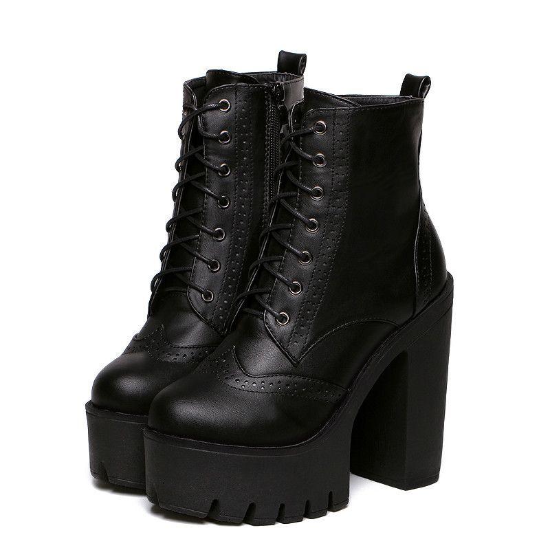 Aliexpress.com  Comprar Caliente venta negro tacones cuadrados plataforma  botas tobillo botas de mujer con cordones zapatos mujer moda 2016 marca la  ... 8b7408143679