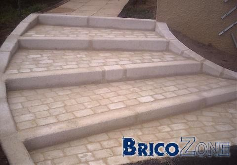 Help recouvrement escalier ext rieur en beton escaliers for Pierre pour escalier exterieur