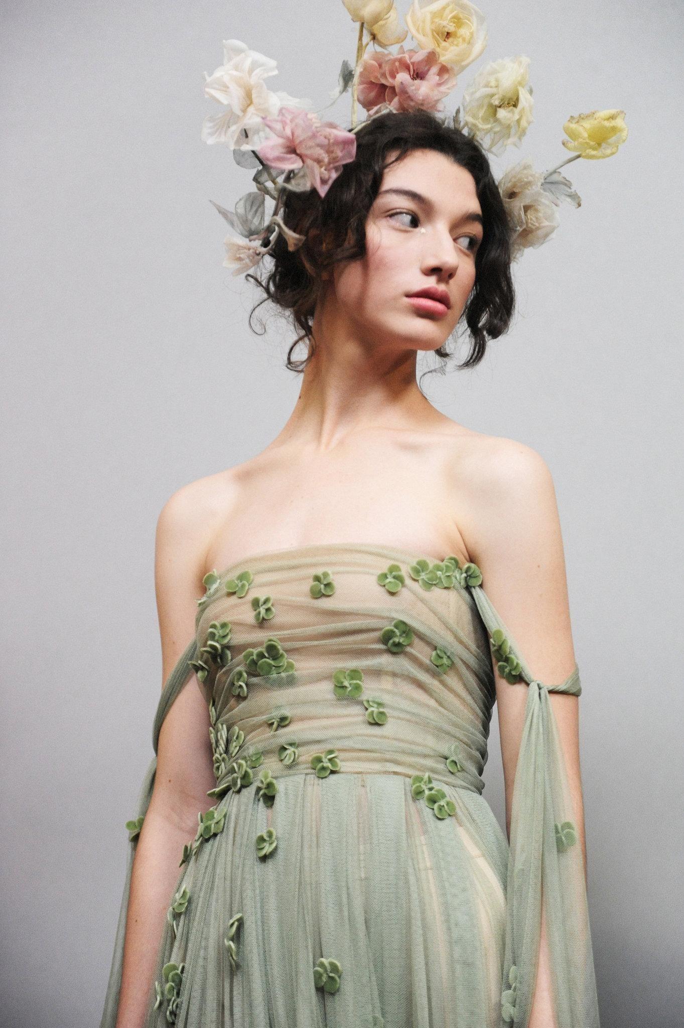 eca2734a44f381 Couture Fashion Show: Christian Dior - The New York Times | Designer ...