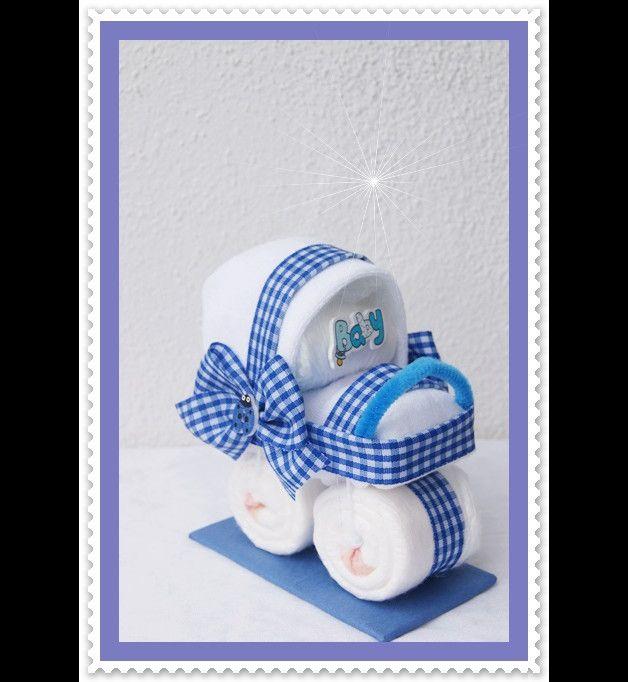 Mini Windeltorte Kinderwagen Mitbringsel blau