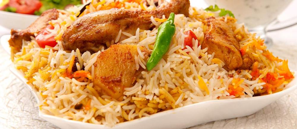 Biryani Traditional Rice Dish From Northern India Tasteatlas Resep Makanan India Resep Makanan Makanan Palsu