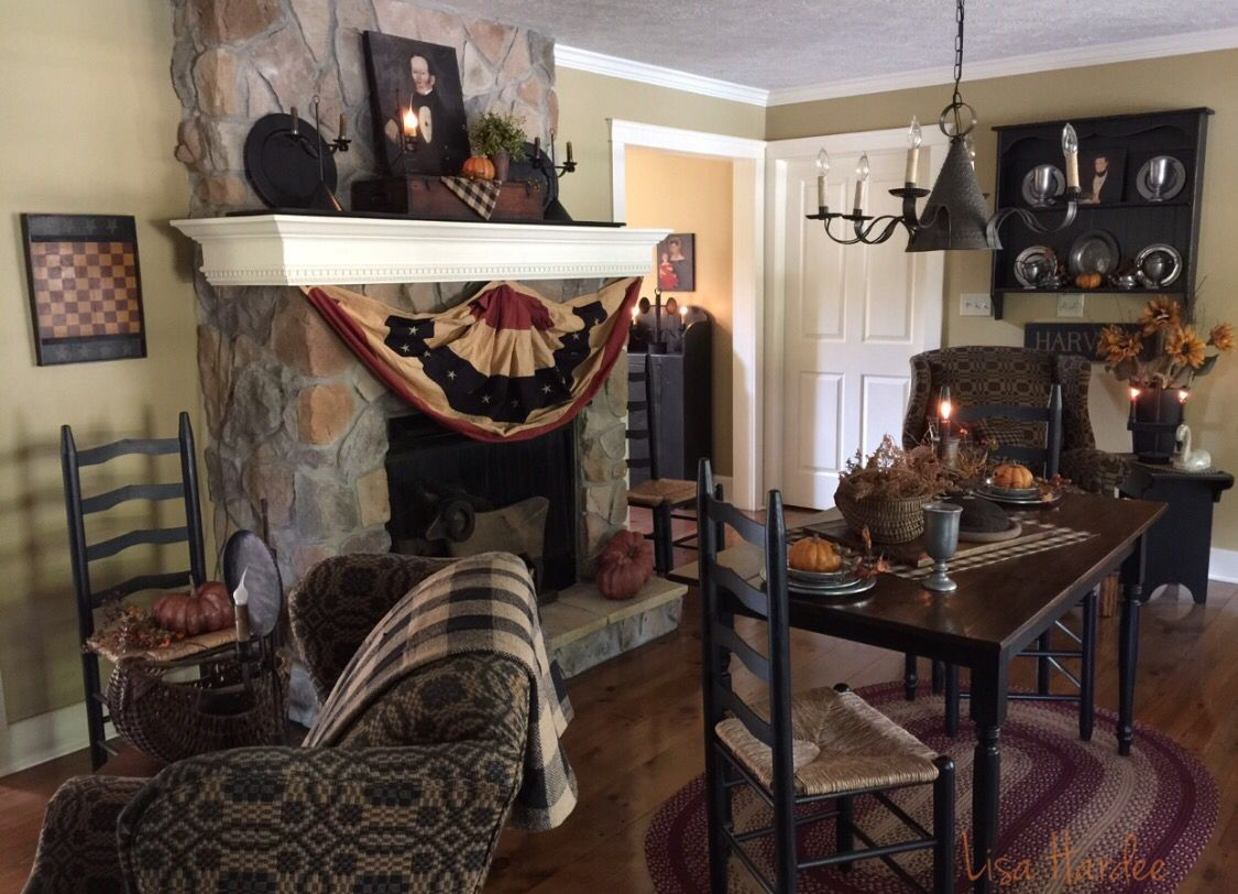 Primitive Fall Decor In The Keeping Room Primitive Living Room Primitive Dining Rooms Primative Decor