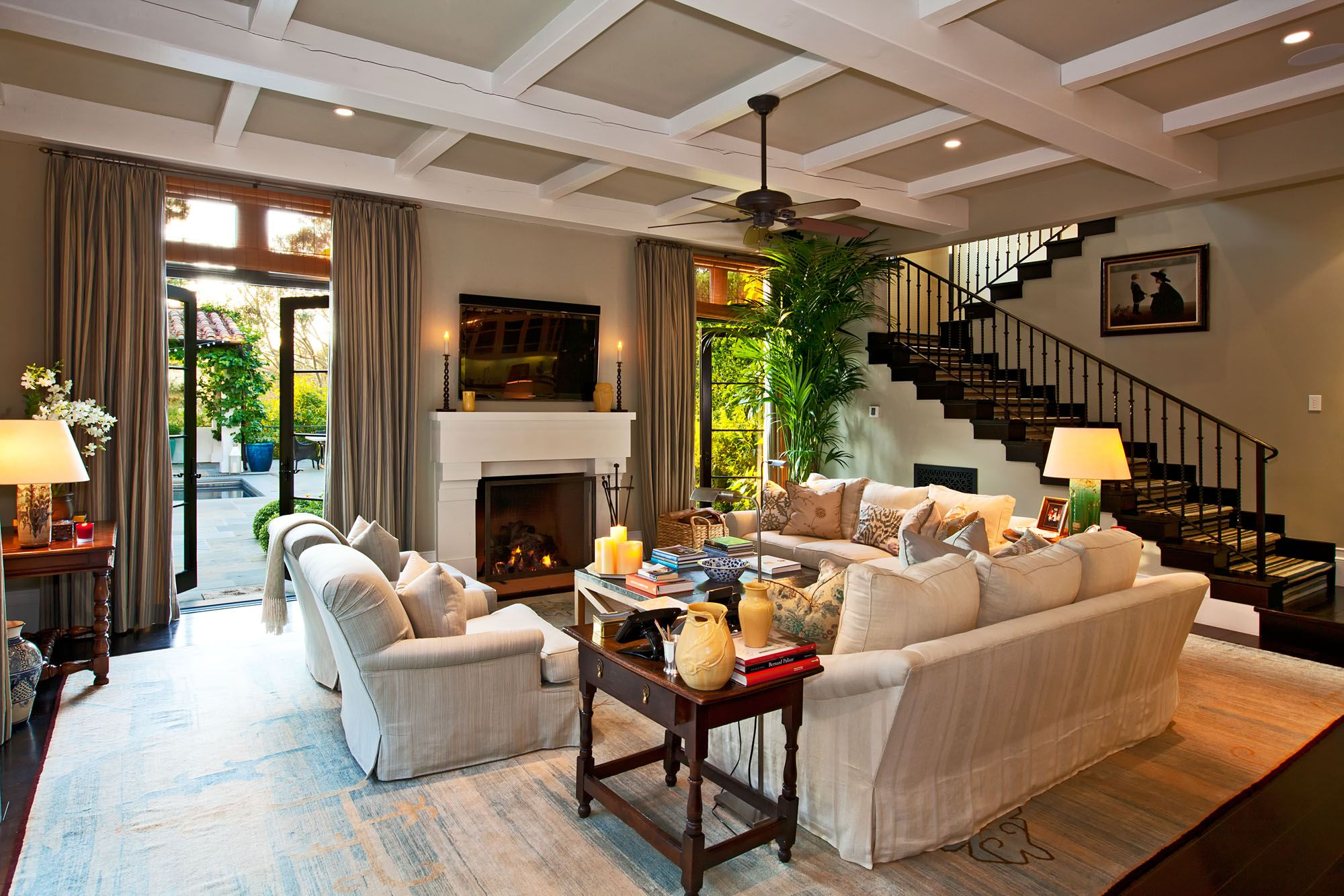 Living Room Decorating Ideas on a Bud they painted the beams