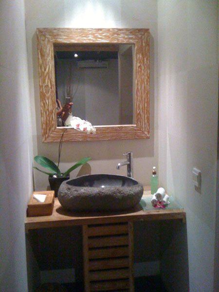 SDA Décoration - Salles de bain Retrouvez cette vasque galet en