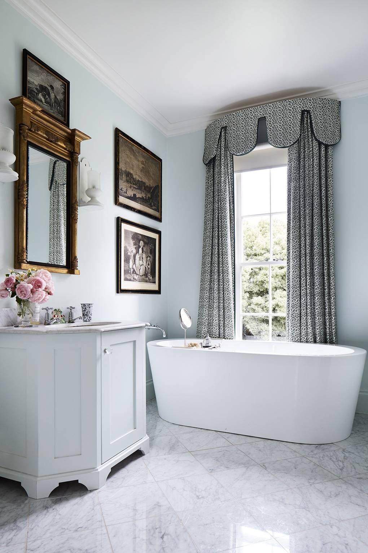 An Interior Designer S Guide To Pelmets Britischer Landhausstil Home Design Home Interior