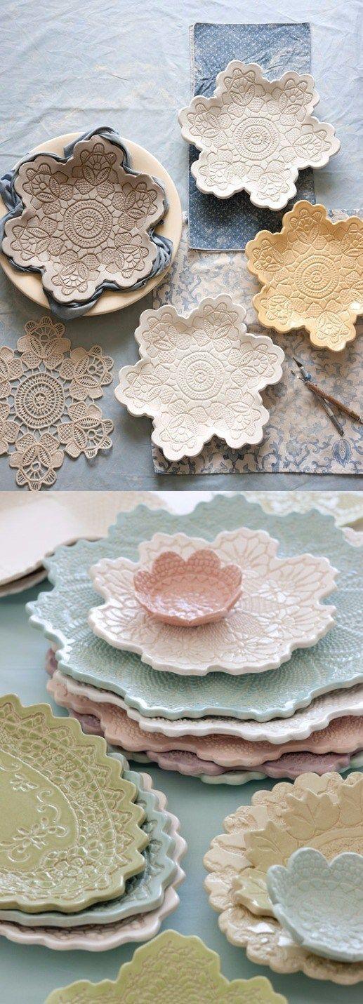 Faites votre propre poterie de dentelle - décorations de maison #Décorations #dentelle #Faites #maison #poterie #propre #votre