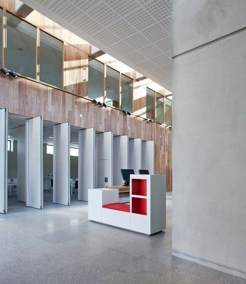 Image 25 of 53 from gallery of Ballyroan Library / Box Architecture. Photograph by Paul Tierney