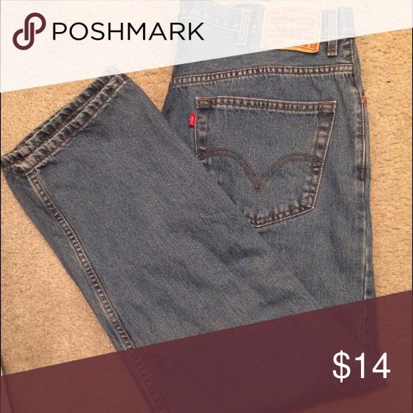 Men's Levi's 505 jeans  40 x 32 Great condition. Regular fit. Levi's Jeans Straight