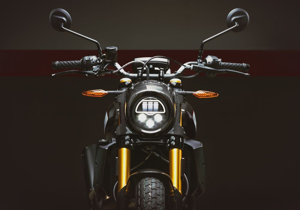 Photo of Indian Motorcycle 推出 2020 年式樣 FTR 1200 Carbon 車款
