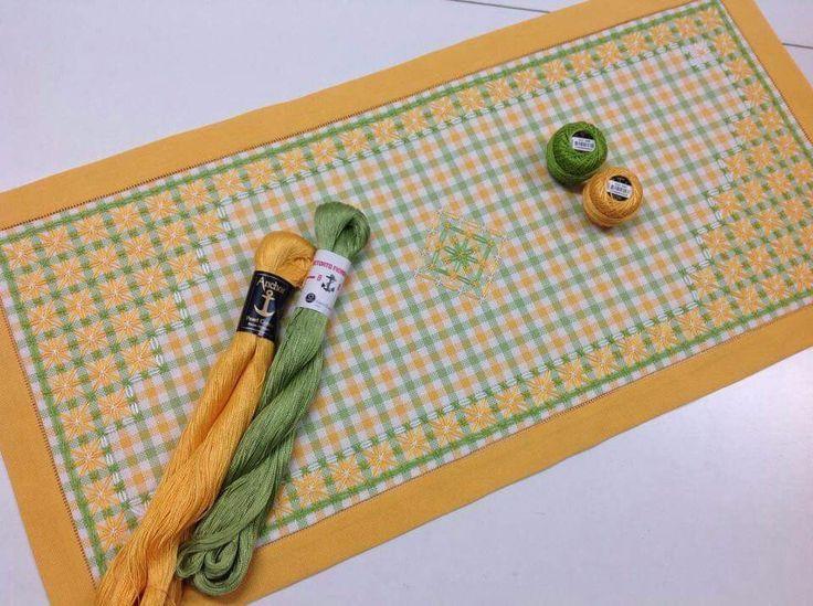 Rsultat De Recherche Dimages Pour Chicken Scratch Embroidery