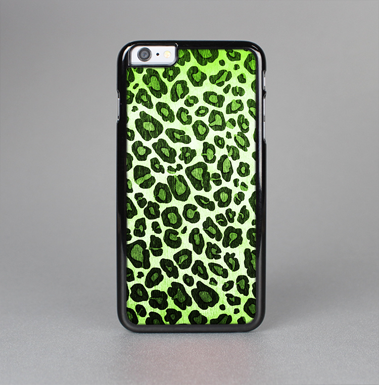 The Vibrant Green Leopard Print Skin-Sert for the Apple iPhone 6 Skin-Sert Case