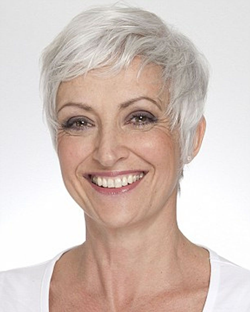 Pixie short haircuts for older women over u sexy