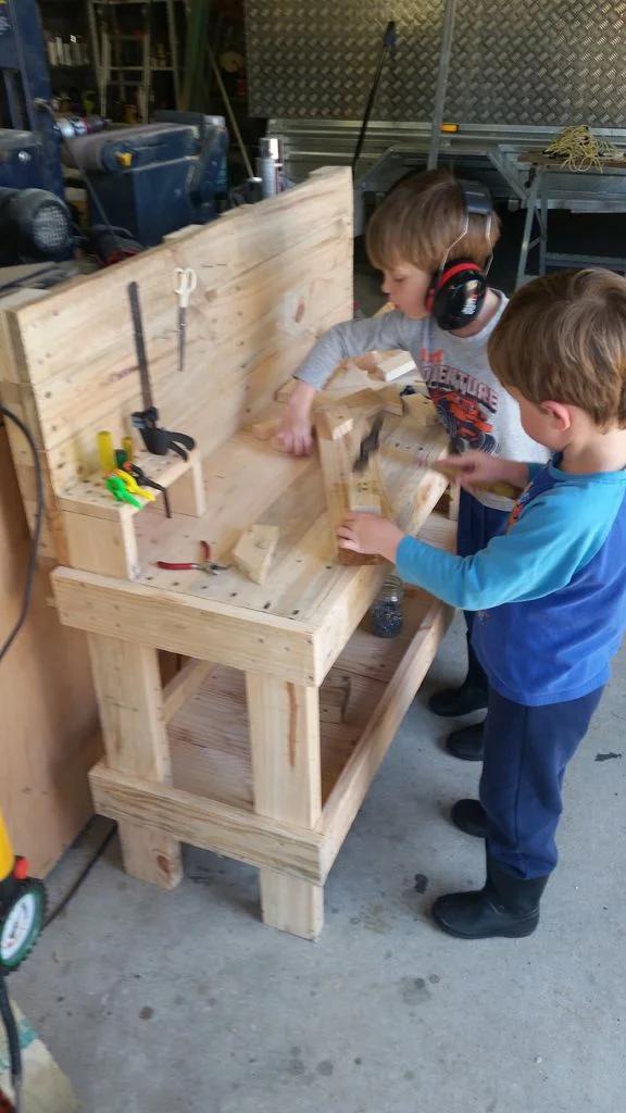 Kids Pallet Workbench